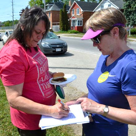 OPSEU strike at medical centre continues