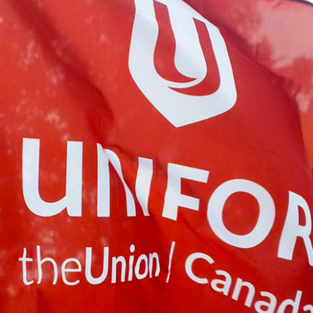 Cupe Local 2361 Unifor Casino Workers Give The Nod To New