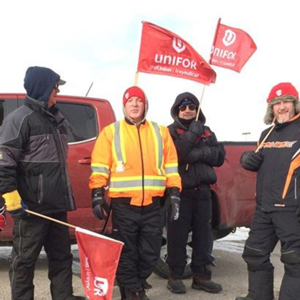 Lear Whitby workers stand united for Oshawa GM plant