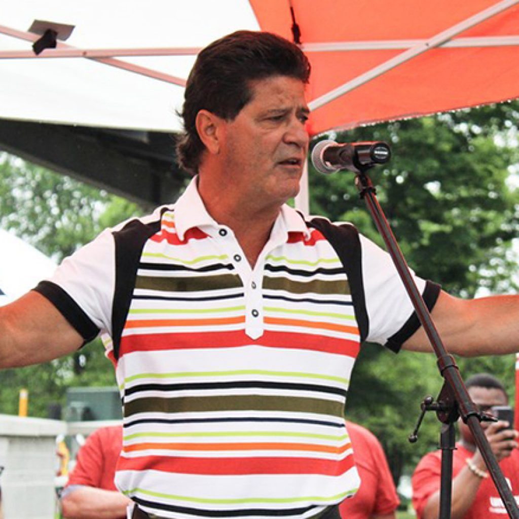 Unifor president vows to fight for Casino Rama employees during rally in Orillia