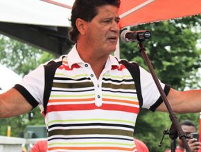 CUPE2361---NEWS---August---Unifor-president-vows-to-fight-for-Casino-Rama-employees-during-rally-in-Orillia