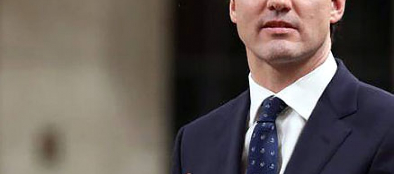 Trudeau pushed by unions to compensate workers for stress caused by Phoenix pay