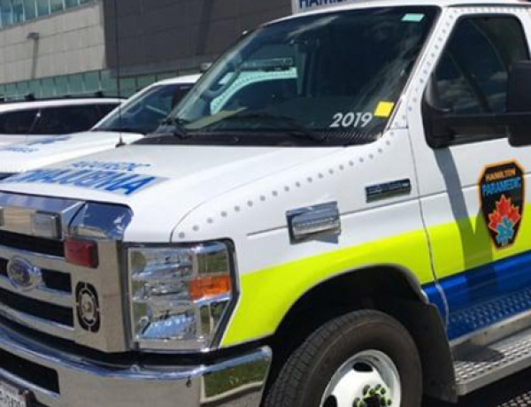 Ambulance merger would be 'a kick in the teeth' to Hamilton, union says