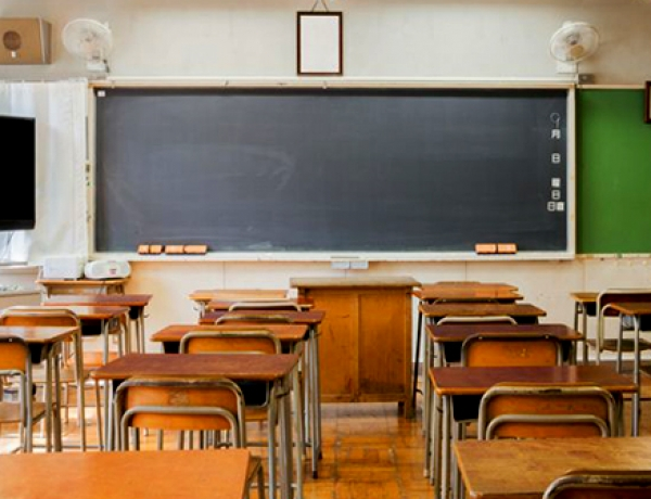Contract settlements with Ontario education unions not likely before kids head back to school