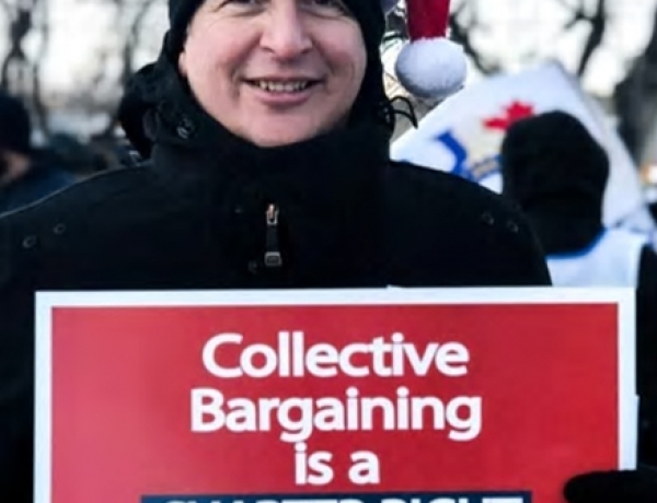 Manitoba union workers protest Canada Post back-to-work legislation