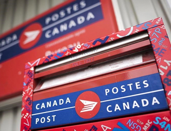 Government-named arbitrator to dictate Canada Post workers' contract